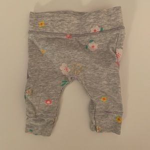 Cotton On | Gray Floral Leggings | Size NB | NWOT